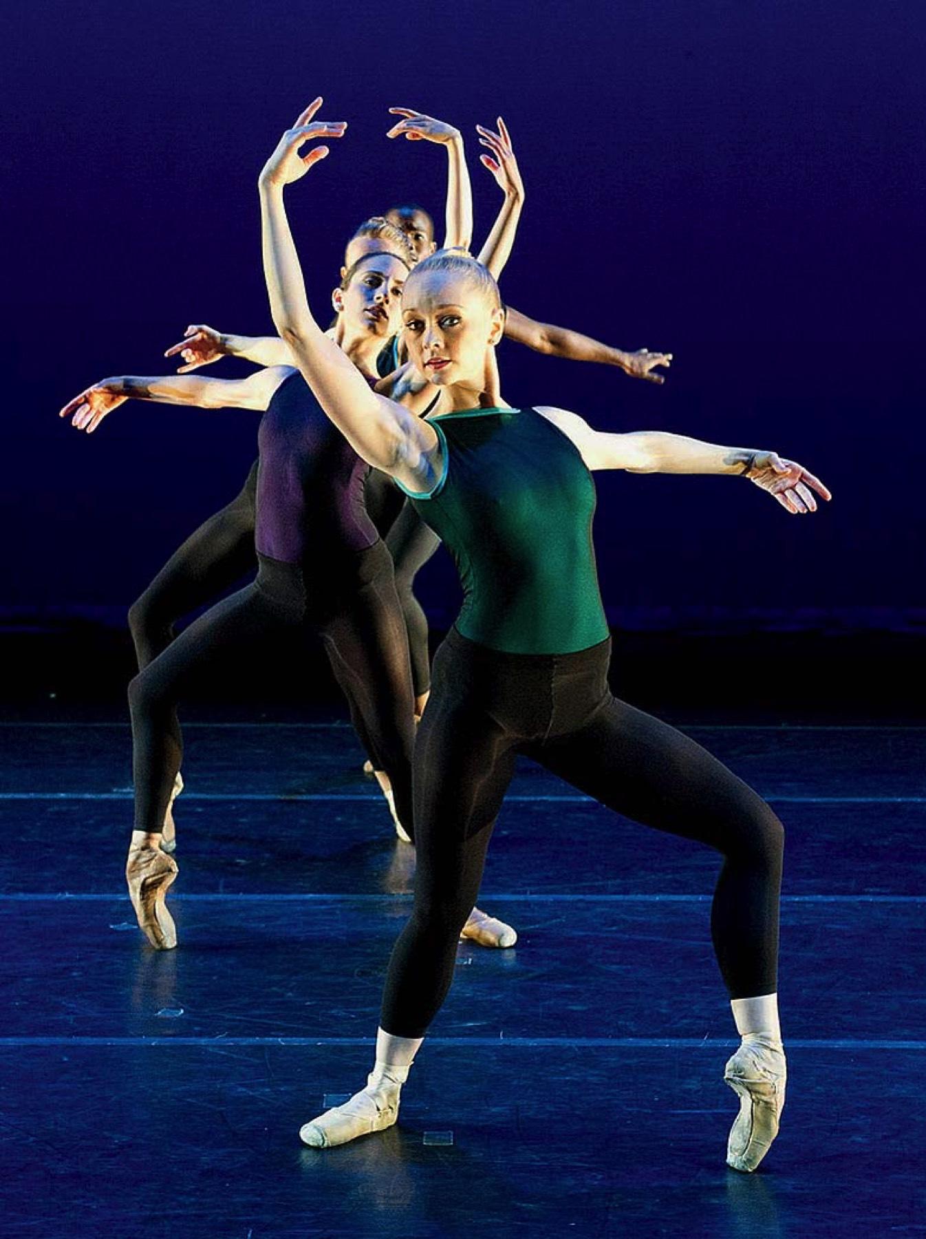 """Sink into it"": ballet choreographer Claudia Schreier ..."