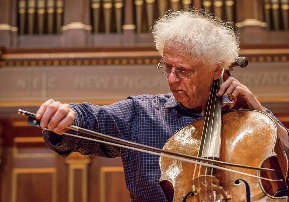 37a41cfdd1940 Cellist Laurence Lesser is profiled | Harvard Magazine