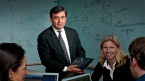 """Eric Mazur says learning interests him far more than teaching, and he encourages a shift from """"teaching"""" to """"helping students learn."""""""