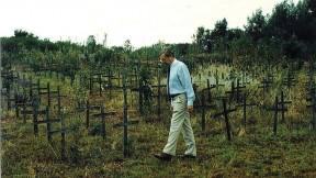 David Scheffer in 1997 at the Nyanza massacre memorial site in Rwanda
