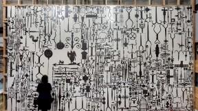 """Ellen Harvey's """"Metal Painting,"""" 2015"""