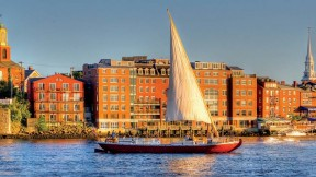 Scenic trips along the Piscataqua River highlight the region's ecology and maritime history—along with the beauty of sailing.