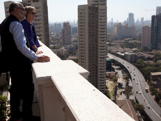 President Faust and Rahul Mehrotra, chair of the Graduate School of Design's department of urban planning and design, look out over Mumbai.