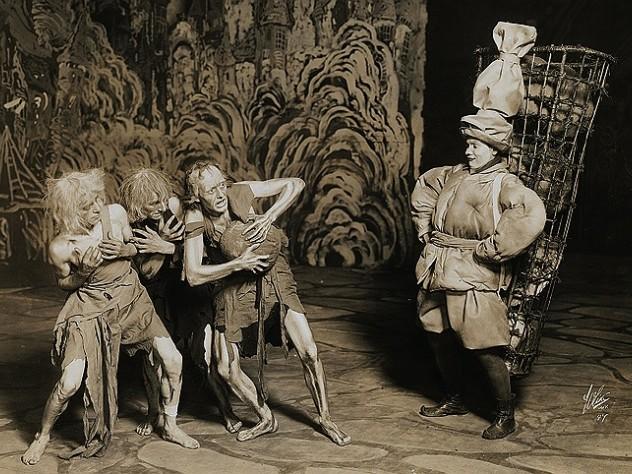 Costumes and set design by Robert Edmond Jones '10 for <em>Till Eulenspiegel,</em> 1916