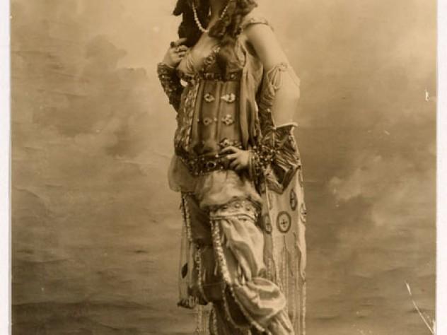 Ida Rubinstein in <em>Scheherazade</em>