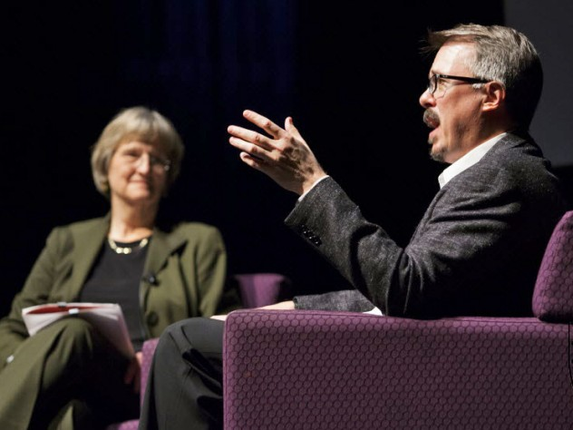 <i>Breaking Bad</i> creator Vince Gilligan discusses various themes and character motivations with President Faust in Farkas Hall this week.