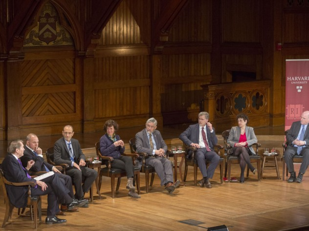 A panel discussion on climate change included faculty from Harvard and other institutions.