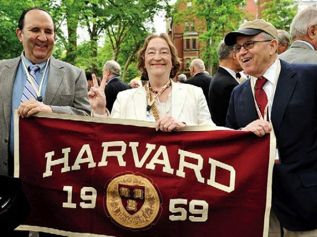 Fiftieth reunioners David Leipziger, Kitty Beer, and Howard Kristol, J.D. '62.
