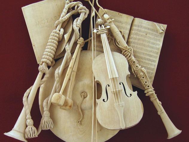 a musical trophy (2004)