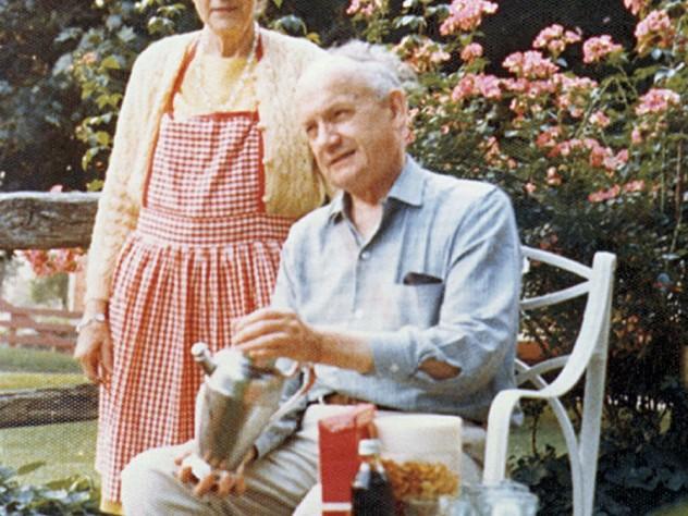 Nina and Bertram Little in the garden, 1973