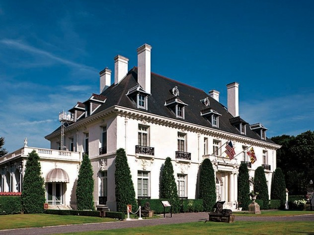 Modeled after a French country house, Vernon Court was restored and now houses an array of original works.