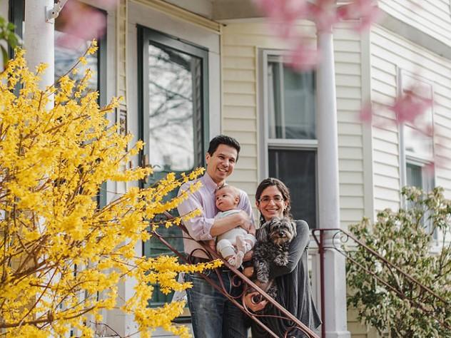 Stephen Chong and Kiran Gajwani, with son Bpdhi and dog Annie