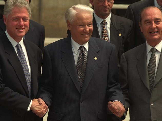 Clinton with Boris Yeltsin and Jacques Chirac, May 27, 1997, in Paris