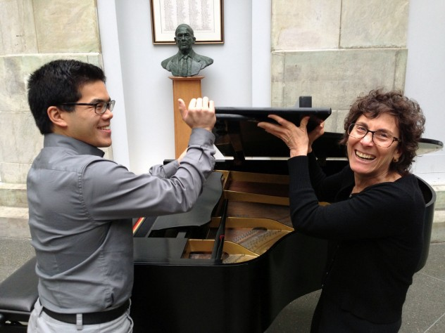 """Clinical instructor in medicine Martha Ellen Katz with pianist Alvin Chen, HMS '15, who also performed """"<i>Widmung,</i>"""" as well as Chopin's Andante Spianato and Grande Polonaise, op. 22."""
