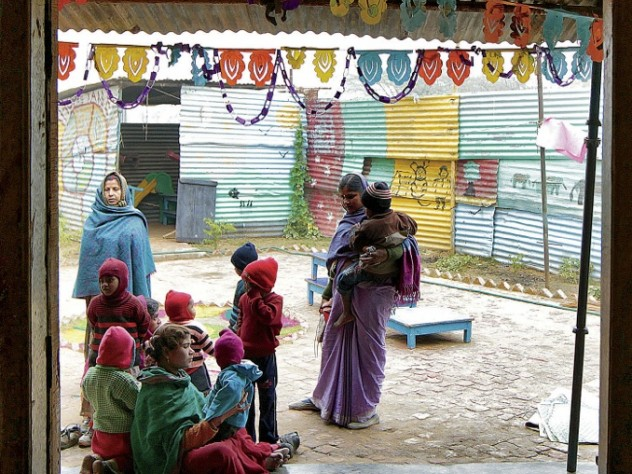 the center, operated by the NGO Mobile Crèches, provides education, food, and healthcare.