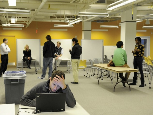 Students and innovators can configure their work spaces; the décor is contemporary entrepreneurial.