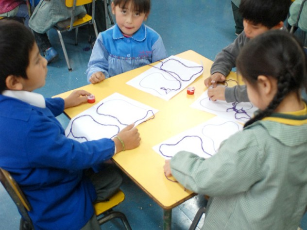 Children in a Peñalolén school that received the less intensive UBC intervention—fewer donated books and less involved teacher workshops.