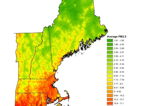 Mean PM2.5 concentrations in 2004 at a 1 × 1 km resolution across New England; the use of satellite-retrieved data allowed for a comprehensive coverage of the region.