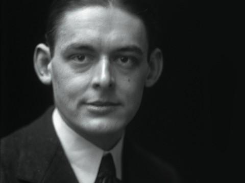 Eliot, 1919