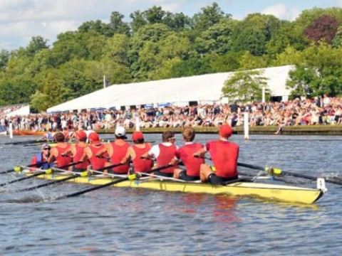The Harvard heavyweight varsity pulls away from its Molesey/Oxford Brookes opponents.