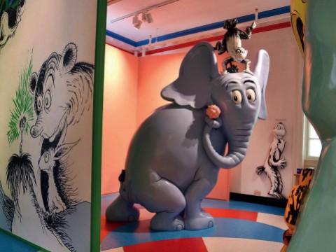 Giant cartoonish elephant sculpture of Dr. Suess character Horton
